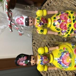 ハンガリーの木製人形2体