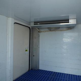 軽バン専門店在庫50台 クリッパートラック 冷凍冷蔵車(中温)-5℃~ 車検2年付 22万円 諸費用込250,000円 - 中古車