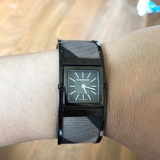 Burberry swiss made 腕時計 ブレスレット