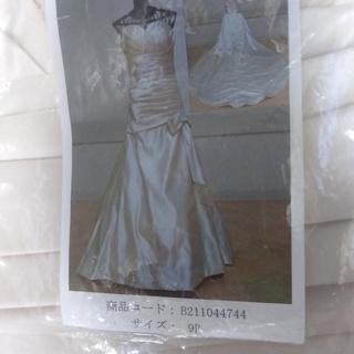 3時間使用のウエディングドレス