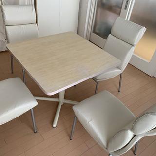 【引渡者決定】期間限定⭐️ダイニングテーブル×椅子4脚セットUSED の画像