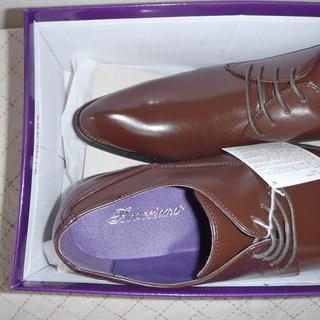 新品メンズ革靴