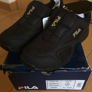 【値下げ】【新品】FILA スニーカー VERONA 黒