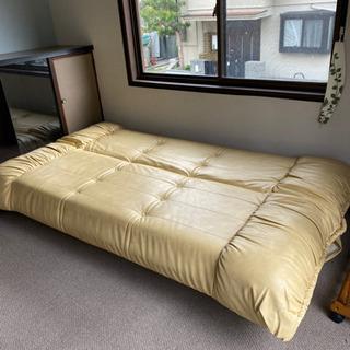 ニトリの3人掛けのソファーベッドです。終了しました。ありがとうご...
