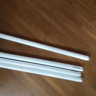 蛍光灯長形120cm 4本