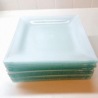 お洒落なスクエアデザート皿15枚セット・美品ガラスプレート