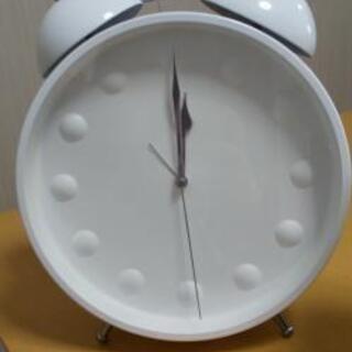 【値下げしました】【5月17日まで】置時計(やや長針、短針のずれあり)