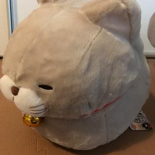大きめ 猫のぬいぐるみ (取引中)
