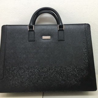 BARBERRY 鞄