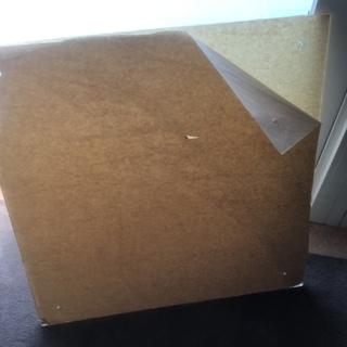 【新品加工済み8ミリ厚アクリル板438×438ミリ、四隅穴加工済み】