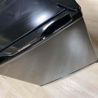 17年製小型冷蔵庫(冷えない)