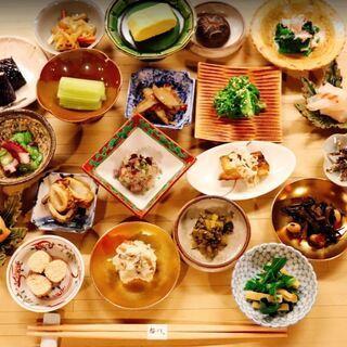 ミシュラン「日本料理 櫻川」の味を気軽に堪能【おばんざい櫻川】