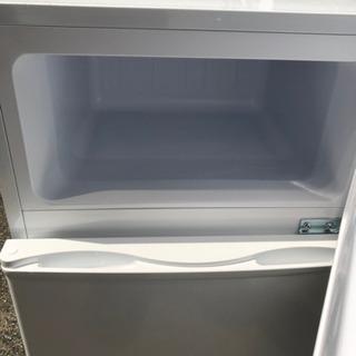 【2018年製】ベステック BESTEK 冷凍冷蔵庫 直冷式 85L 右開き BTMF211 - 売ります・あげます