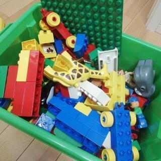 レゴブロックの画像