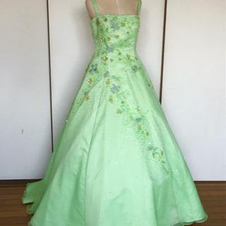 パステルグリーンのドレス ウェディングドレス 11〜13号くらい