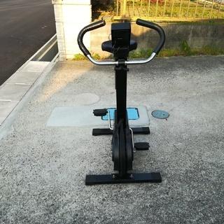 【取りに来ていただける方限定】室内用フィットネスバイク運動用自転車 − 愛知県
