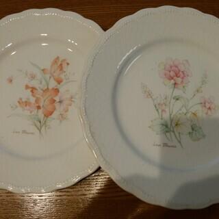 日本陶器のケーキ皿
