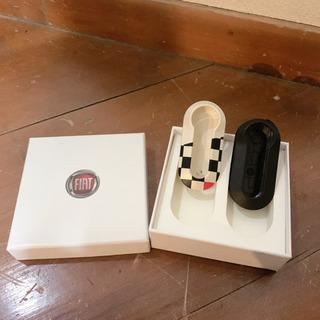 【値下げ】純正品 FIAT500 キーカバー