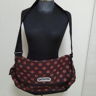 美品 outdoor ショルダーバッグ