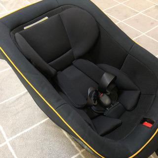 タカタ チャイルドシートS120 新生児から4歳ごろまで