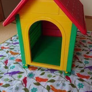 【お話し中6月22日処分予定】小型犬用犬小屋です