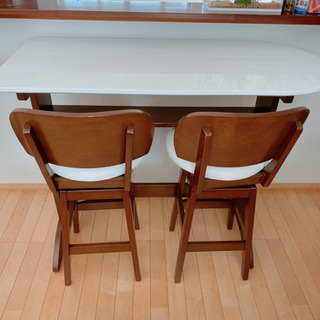 カウンターテーブル2人掛 (もう1セットあります)