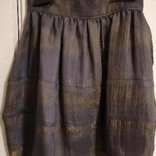 ルシェルブルー スカート