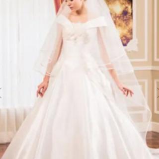 ウエディングドレス 桂由美