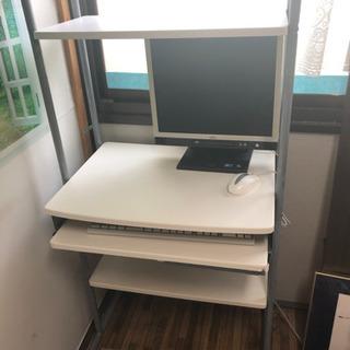パソコン机