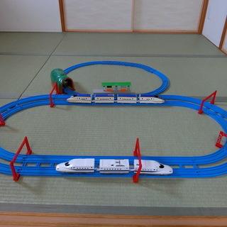 プラレール 新幹線(E7かがやき・N700系のぞみ)レールセット