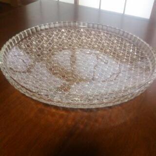 優良品 。 ガラス 平 皿 (大)・1点
