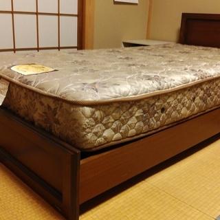 カリモクのシングルサイズベッドフレームと日本ベッドのマットレス