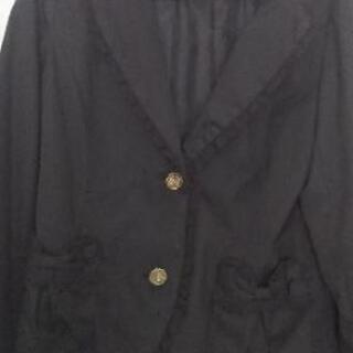 値下げ一度着用のみ春夏物バラボタン、刺繍ジャケット、スーツ、フォーマル