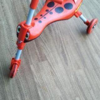 スクートルバグ 子供用 三輪車