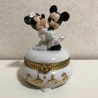 ●お取引完了●陶器製 アクセサリーケース ミッキー ミニー ドレ...