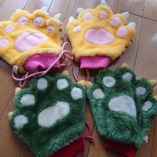 今の季節だからお得❗かわいい動物の手の形の手袋二組セット至急取引...