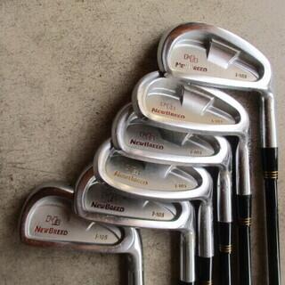 ゴルフバック&クラブ10本  - 売ります・あげます