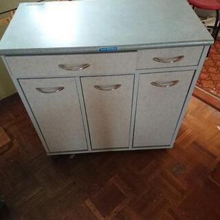 【終了しました】キッチンボード、ゴミ分別