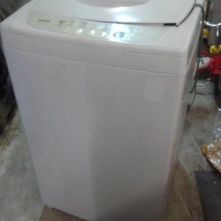 格安中古 短期稼働 全自動洗濯機。4,2kg,東芝 AW-42N...