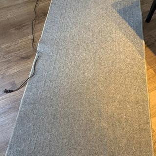アイリスオーヤマ ホットカーペット 1畳用 2018年製