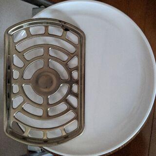 丸皿と回転軸のみ