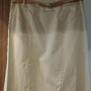 22OCTOBRE ベージュのスカート サイズ40 ベルト付
