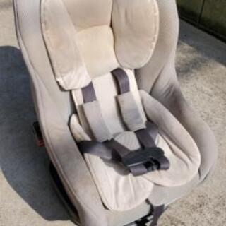 タカタ製チャイルドシート リクライニング式