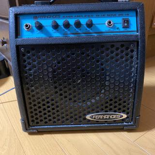 ベースギター用アンプ