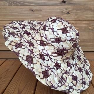 新品 涼しげな帽子 麦わら風