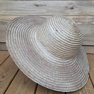 麦わら帽子 シンプルな麦わら帽子 ゴム付き