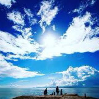 青い空、青い海。沖縄のゲストハウスで働いてみませんか?