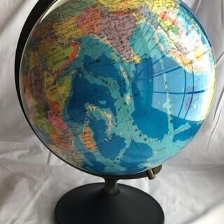 (取引中)★30年以上前の地球儀★