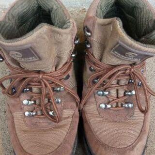 登山靴 ロシニョール トレッキングシューズ 25.5