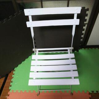 真白な折り畳み可能テーブル&イス